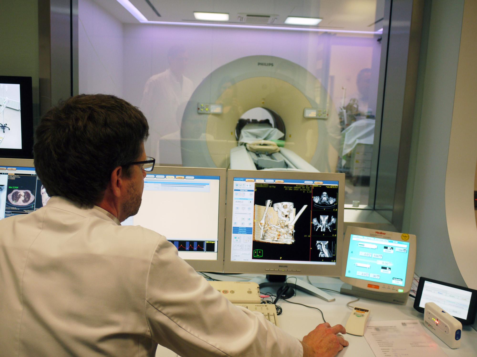 Radiologie und Nuklearmedizin / Brüderkrankenhaus St. Josef Paderborn